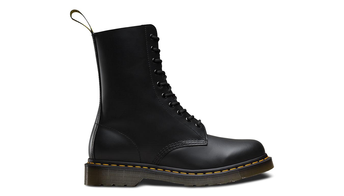 Dr. Martens 1490 Smooth Black čierne DM11857001 - vyskúšajte osobne v obchode