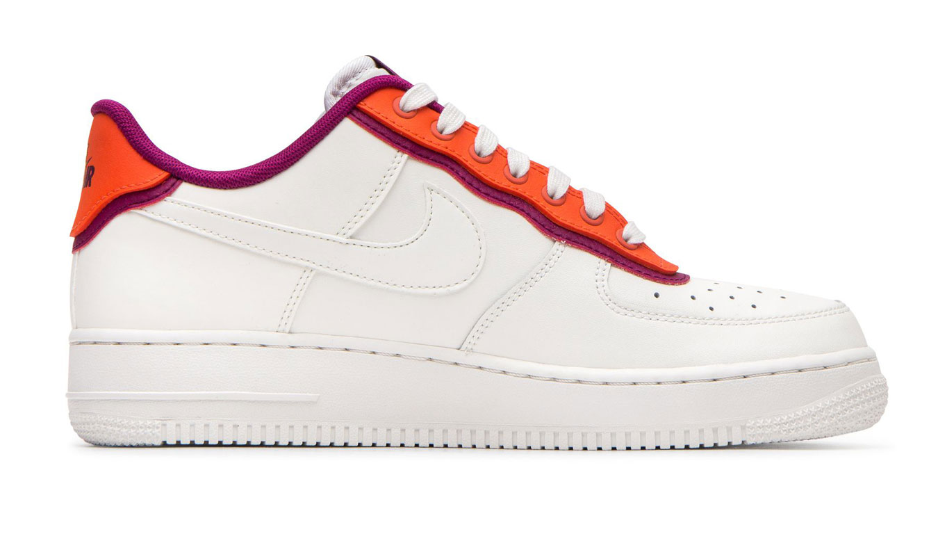 Nike W Air Force 1 '07 Se biele AA0287-104 - vyskúšajte osobne v obchode