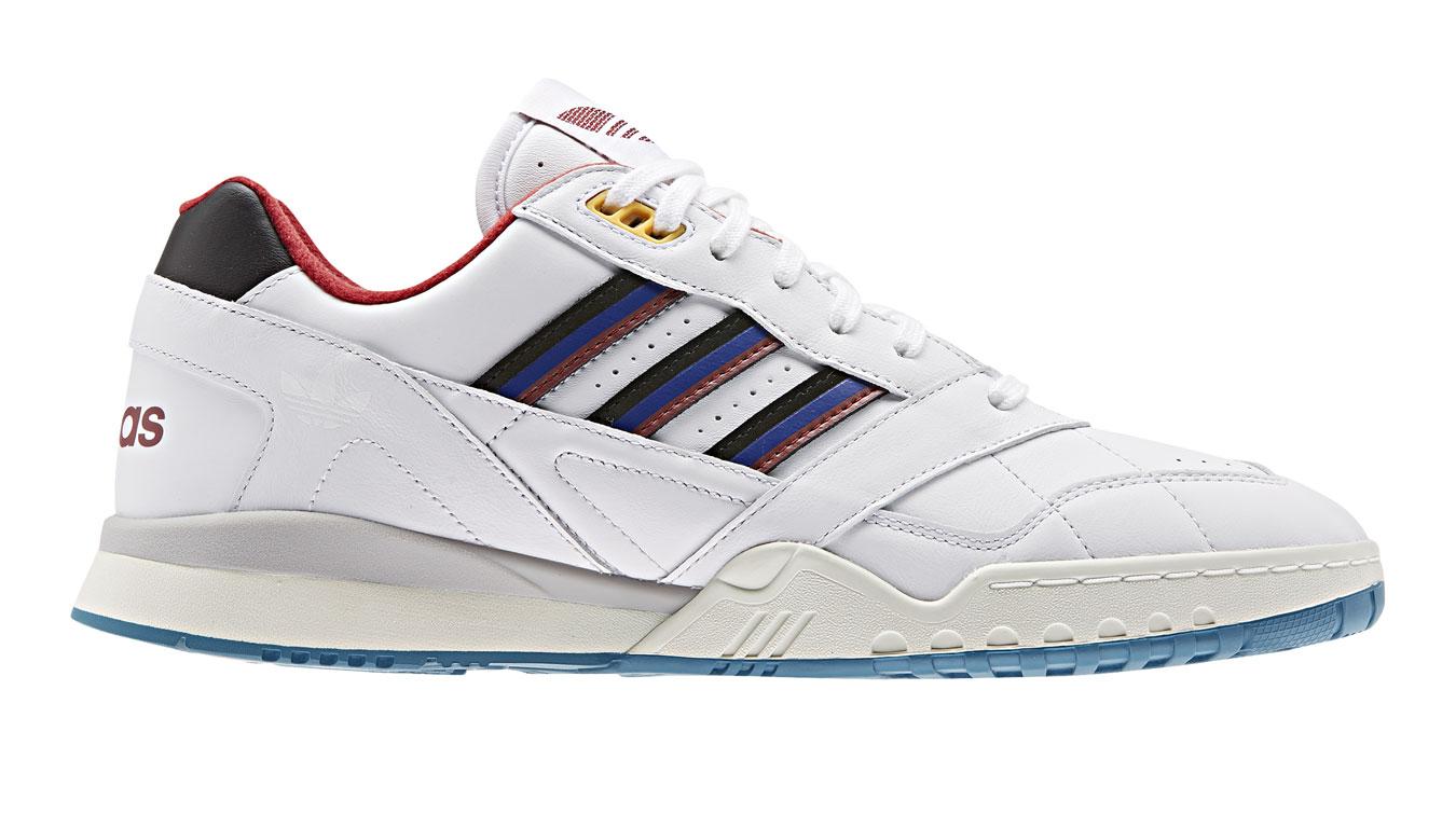 adidas A.R. Trainer biele EE5397 - vyskúšajte osobne v obchode