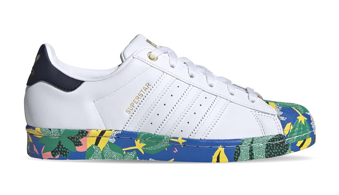 adidas Superstar w biele FW2526 - vyskúšajte osobne v obchode