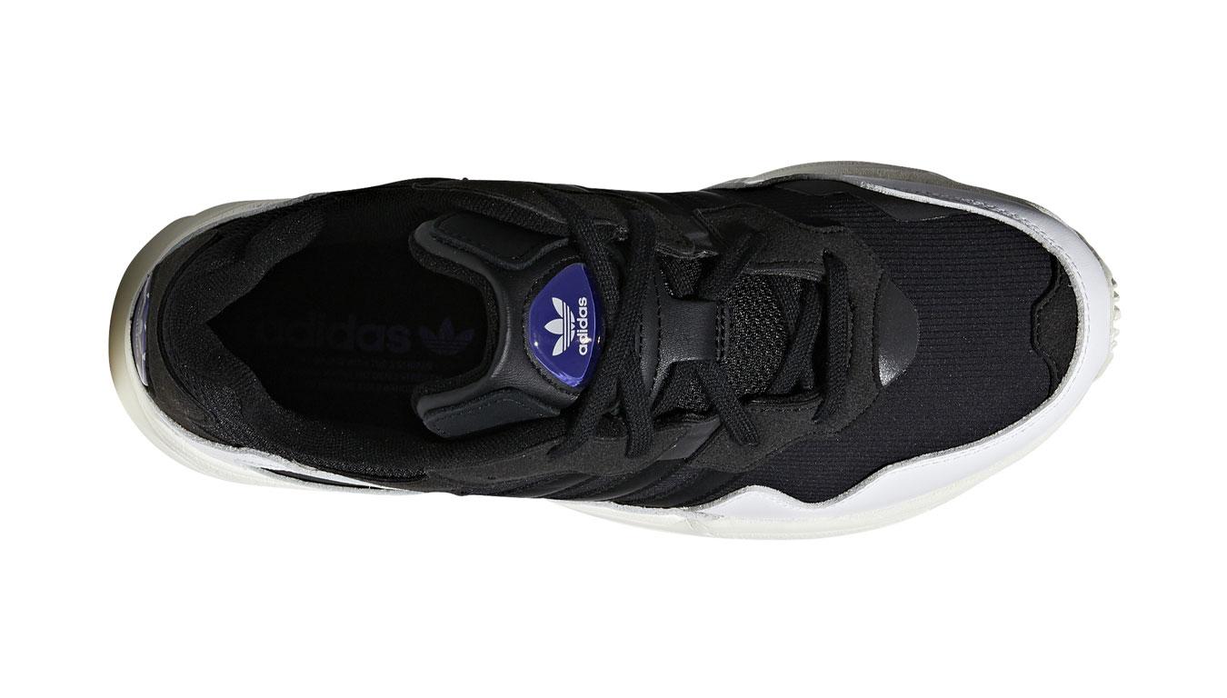 58c55758e4b541 adidas Yung-96 Core Black čierne F97177