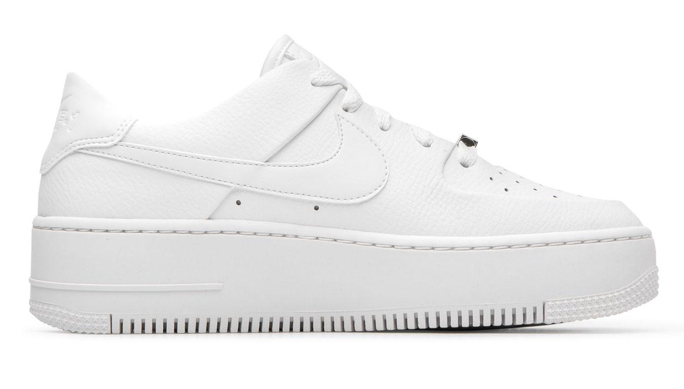 Nike W Air Force 1 Sage Low biele AR5339-100 - vyskúšajte osobne v obchode