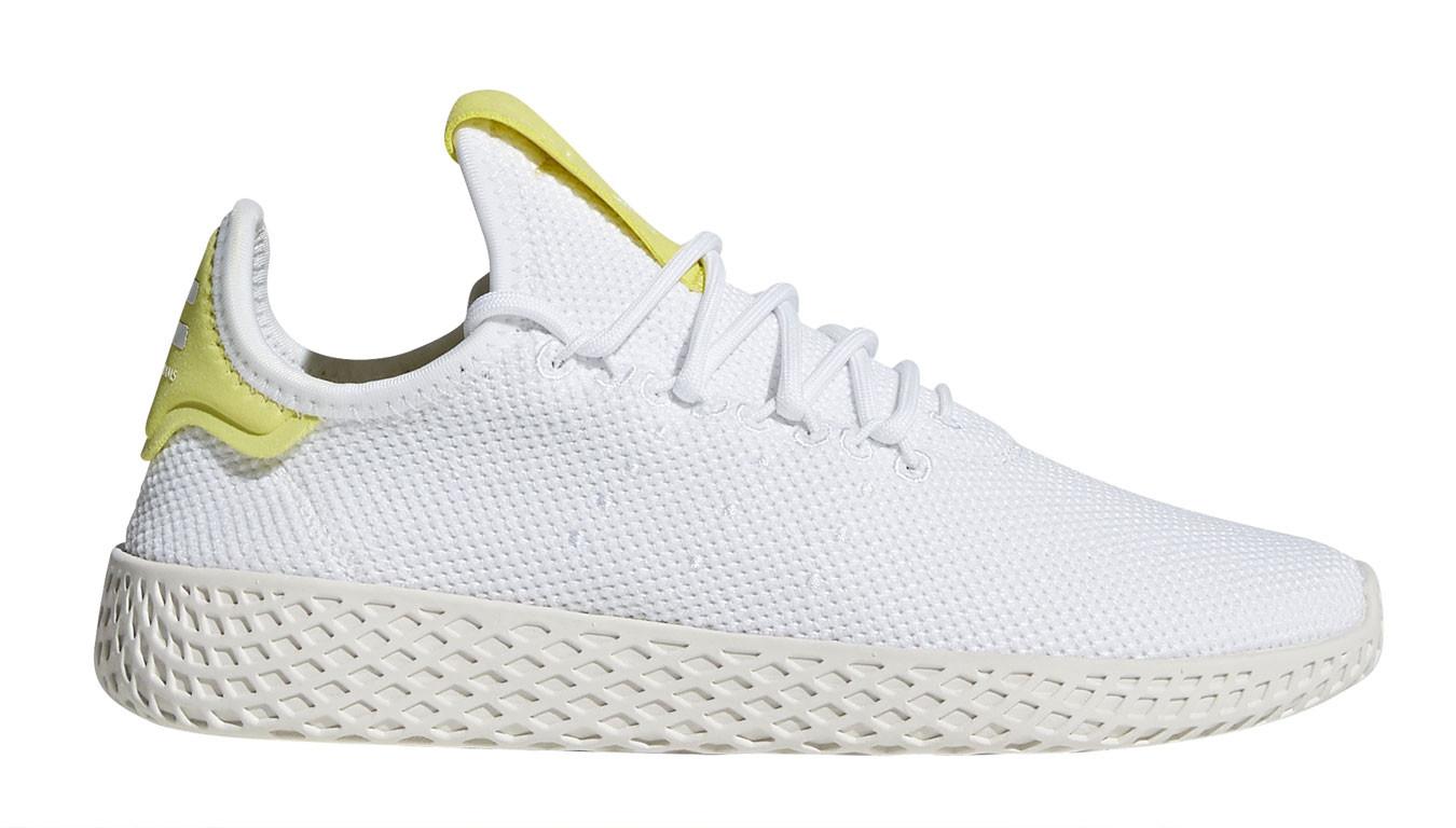 be4325680f63d Biele tenisky adidas x Pharrell Williams Tennis HU Junior - 48 ...