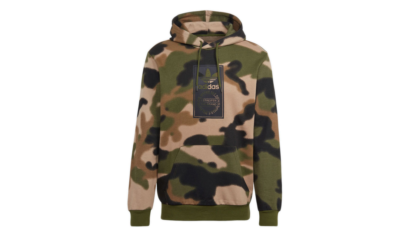 adidas Camo All Over Print Hoodie Wild Pine/Multicolor/Black hnedé GN1879 - vyskúšajte osobne v obchode