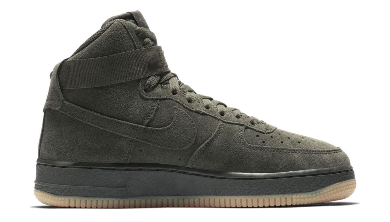 Nike air force 1 high lv8 (gs) šedé 807617-300 - vyskúšajte osobne v obchode