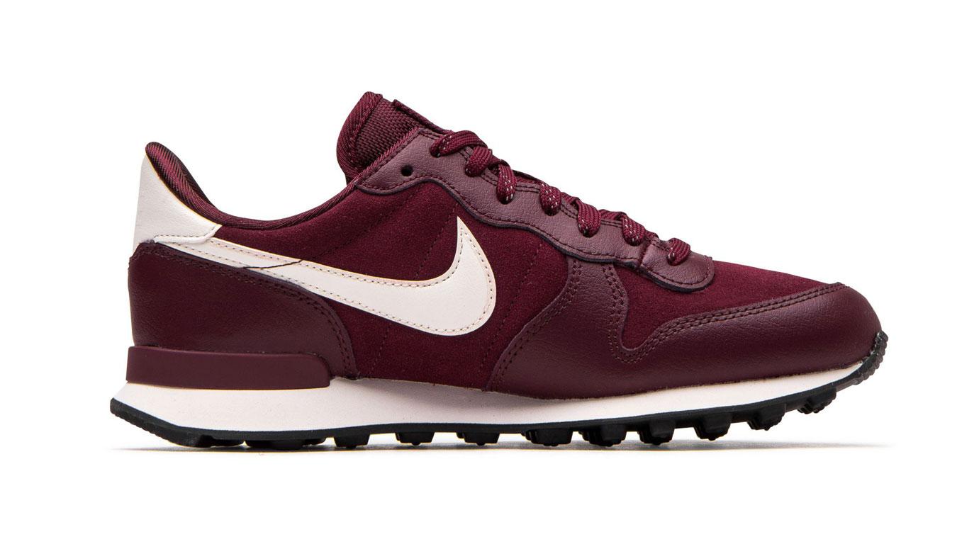 Nike W Internationalist Se fialové 872922-603 - vyskúšajte osobne v obchode