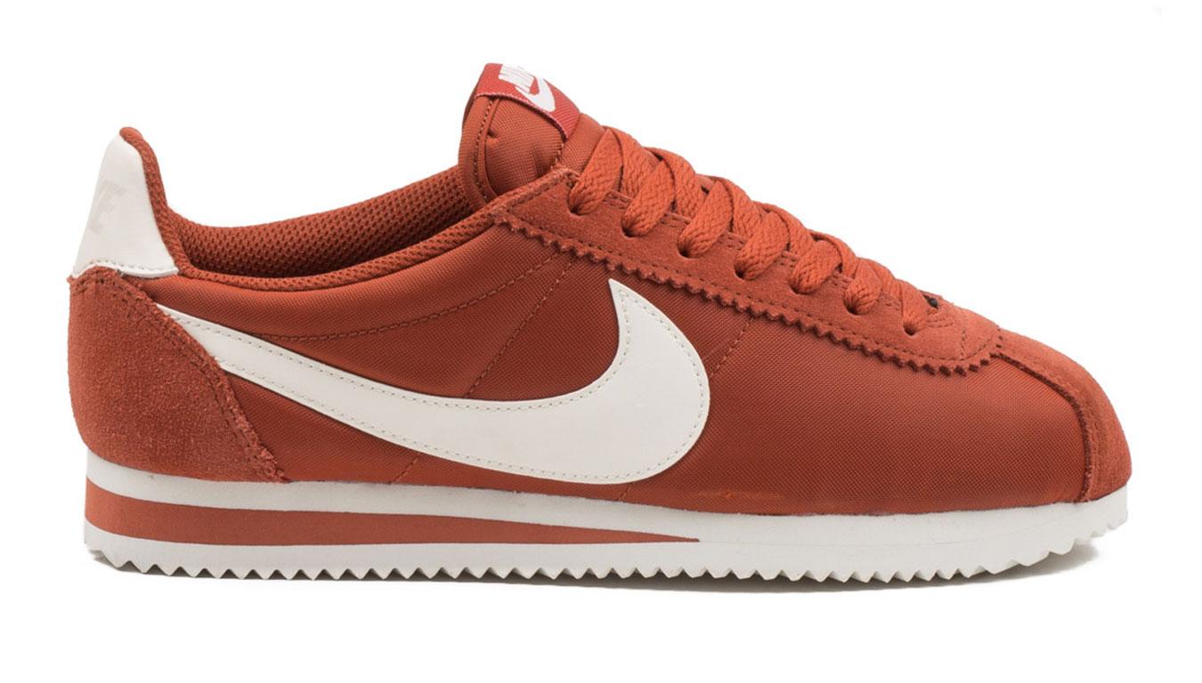 Nike WMNS Classic Cortez Nylon Firewood Orange šedé 749864-805 - vyskúšajte osobne v obchode