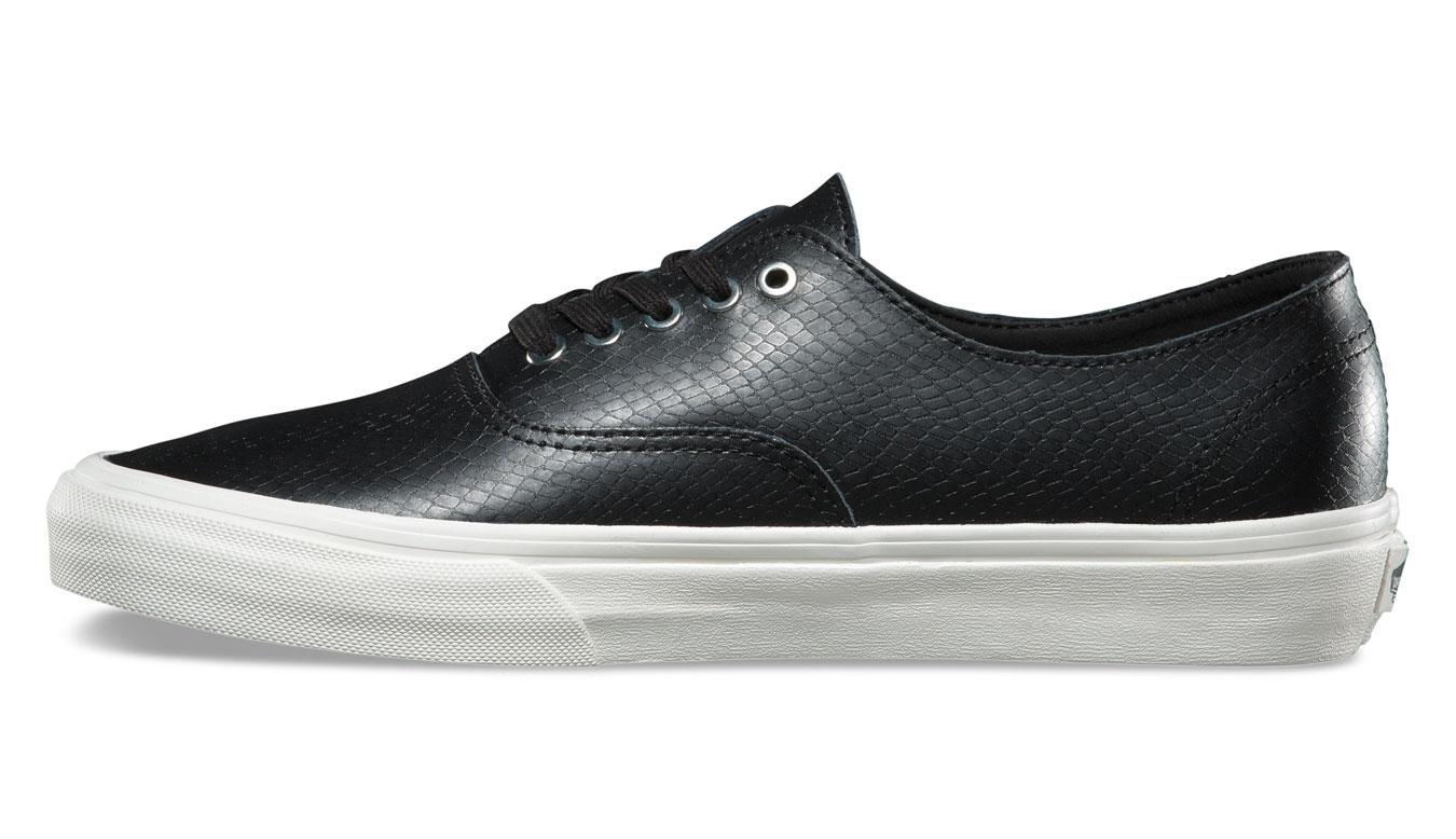 Vans Authentic Decon Snake Leather čierne VA38EPOS3 bd075ecf162