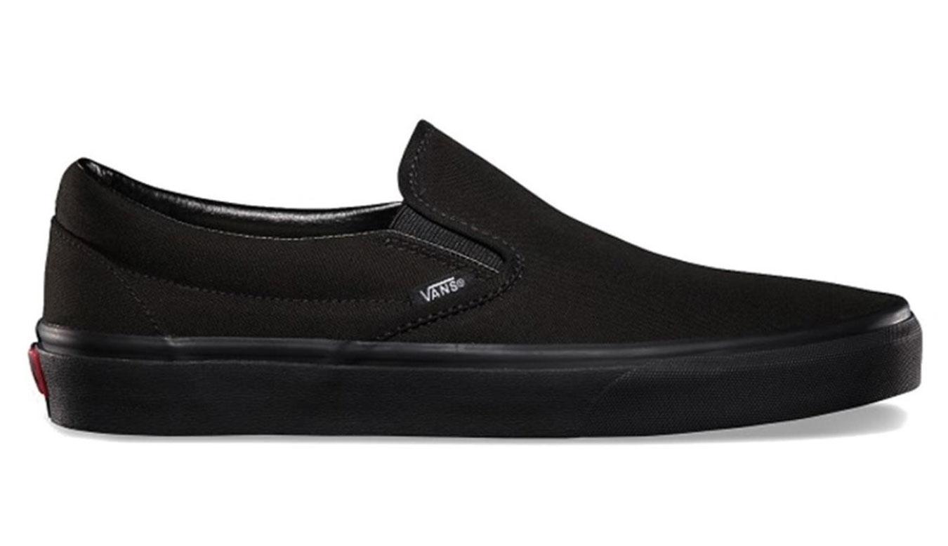 Vans Classic Slip-On Black Black čierne VN000EYEBKA - vyskúšajte osobne v obchode